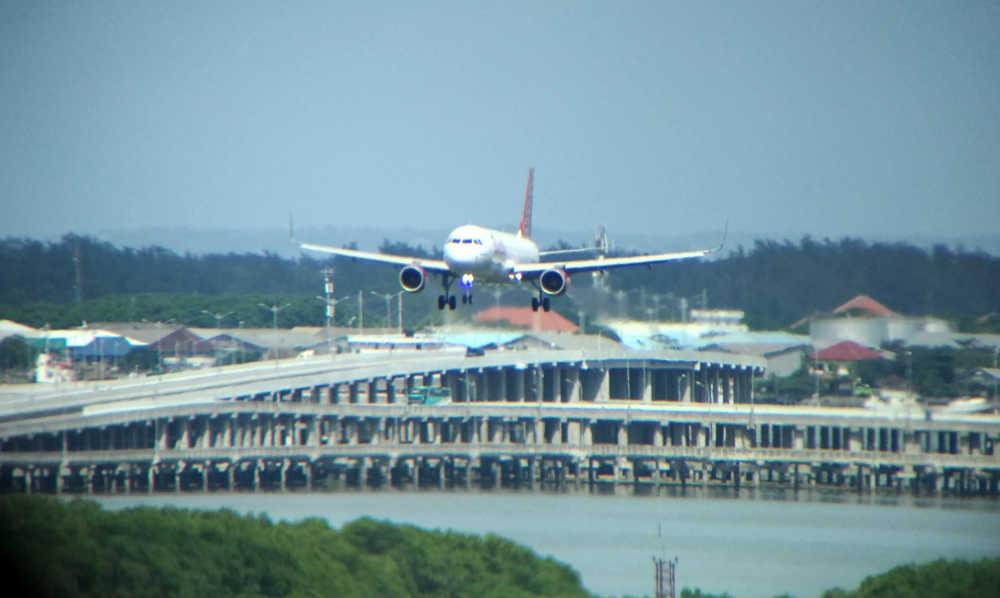 Jumlah Penumpang dan Pesawat Rute Internasional Meningkat Pada H-3 Natal