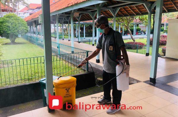 Selain Semprotkan Desinfektan di Selasar, RSUP Sanglah Juga Batasi Akses ke Ruang Nusa Indah