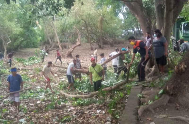 BPBD Denpasar Bersama Krama Adat Gelar Aksi Kebersihan di Pantai Matahari Terbit