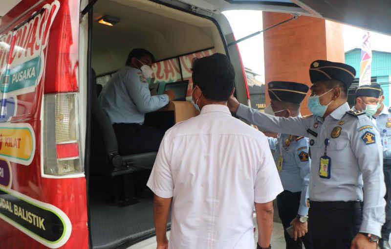 Luncurkan Mobil Paket Idaman, Imigrasi Ngurah Rai Permudah Layanan Paspor