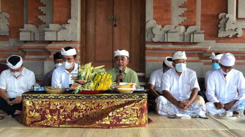 Puncak Pujawali Pura Luhur Uluwatu, Ida Betara Nyejer 3 Hari