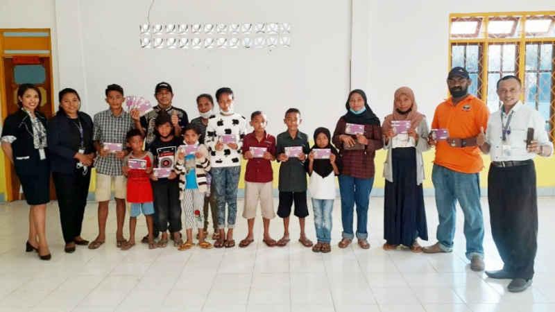 Lamaholot Bali Bantu Pendidikan Anak Yatim Korban Bencana Alam di Adonara