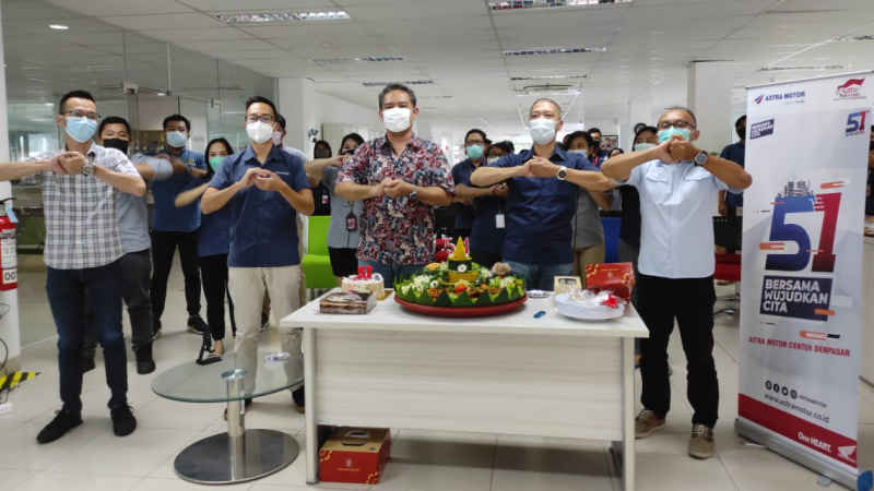 Rayakan HUT ke 51 Tahun Secara Online, Astra Motor Bali Semangat Bangkit Bersama Wujudkan Cita