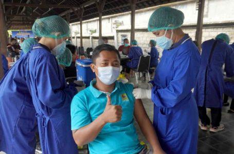 Tingkatkan Pelayanan, PLN Gelar Vaksinasi untuk 500 Peserta