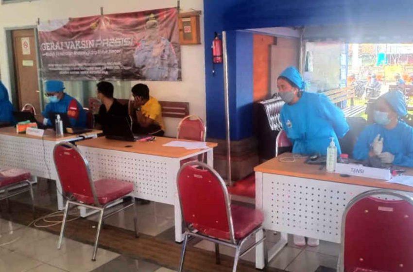 Penumpang di Terminal Mengwi, Kini Bisa Mengikuti Vaksinasi Gratis