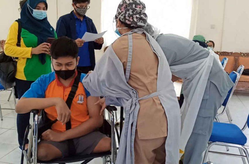 Siswa Penyandang Disabilitas di Kuta Selatan, Mulai Disuntik Vaksin