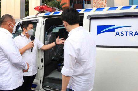 Grup Astra Serahkan Bantuan Ambulans Kepada BNPB, Untuk Percepat Mobilisasi Pasien Covid-19