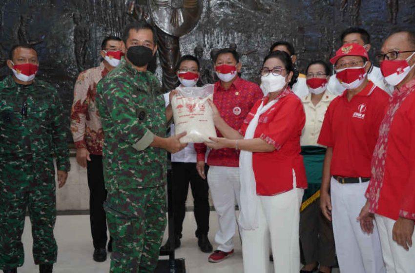 """Peduli Bangsa"", Kodam IX/Udayana Bersama INTI Bali Distribusikan Bantuan Sosial Covid-19"