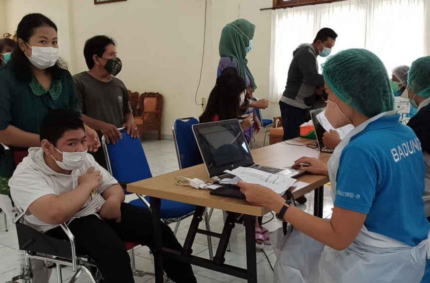 179 Siswa dari 4 SLB di Kuta Selatan, Mengikuti Vaksinasi Dosis Kedua