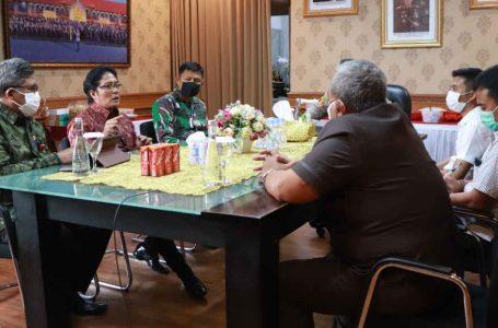 Tingkatkan Koordinasi dan Sinergitas di Masa Pandemi, Bupati Giri Prasta Silaturahmi dengan Kapolres Badung