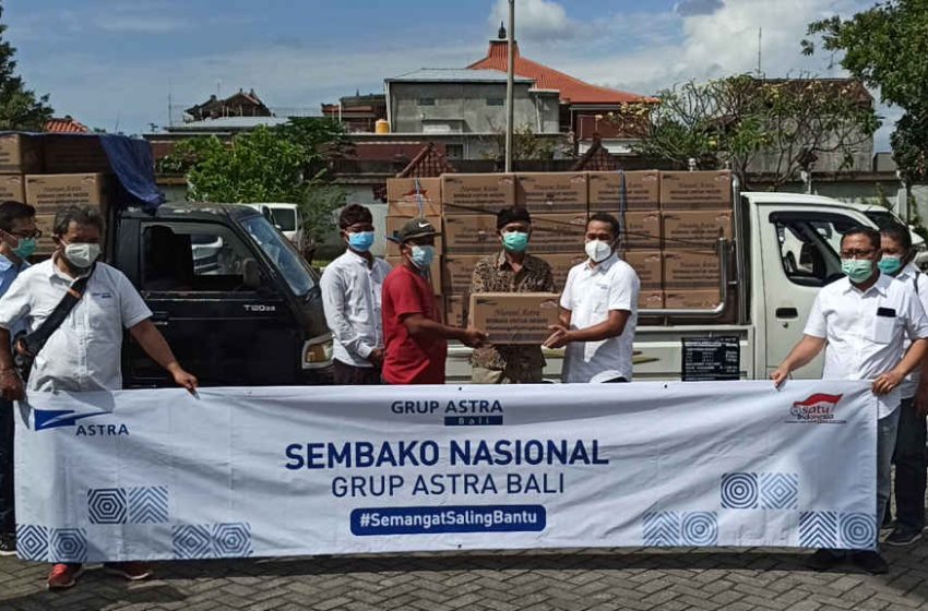 Grup Astra Bali Salurkan 500 Paket Sembako dan Sukseskan Program Vaksinasi