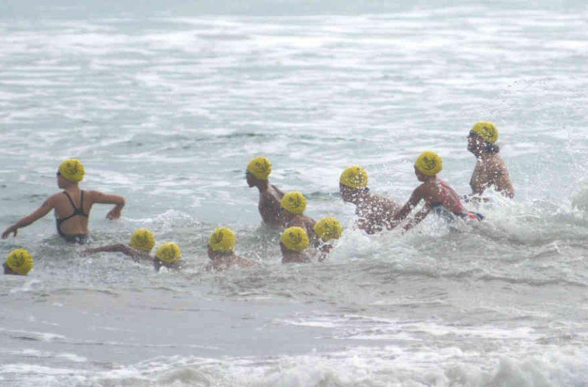 Ratusan Perenang Berlomba di Pantai Kuta Demi Pariwisata Bangkit