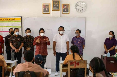 Bupati Giri Prasta Monitoring PTM Terbatas di Sejumlah Sekolah di Kabupaten Badung