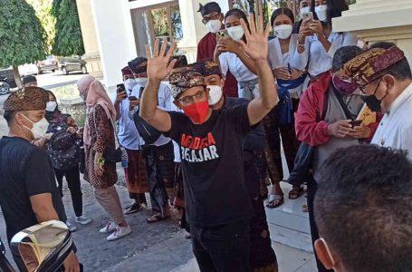 Menteri Nadiem, Minta Bali Segera Akselerasi PTM Terbatas
