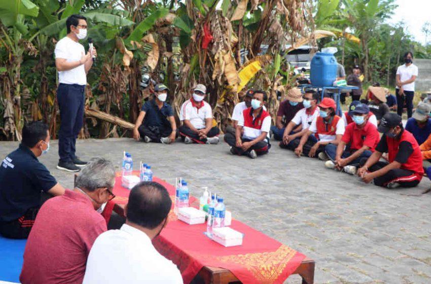 Serap Ratusan Tenaga Kerja, Sekda Adi Arnawa Buka PKTD di Subak Yeh Let Desa Cemagi