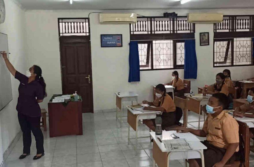 Keluhkan Belajar Daring, Siswa SMP Negeri 1 Kuta Senang Bisa PTM